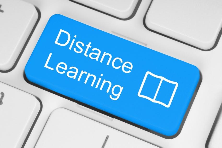 Distance learning bắt nguồn từ giữa thế kỷ 18